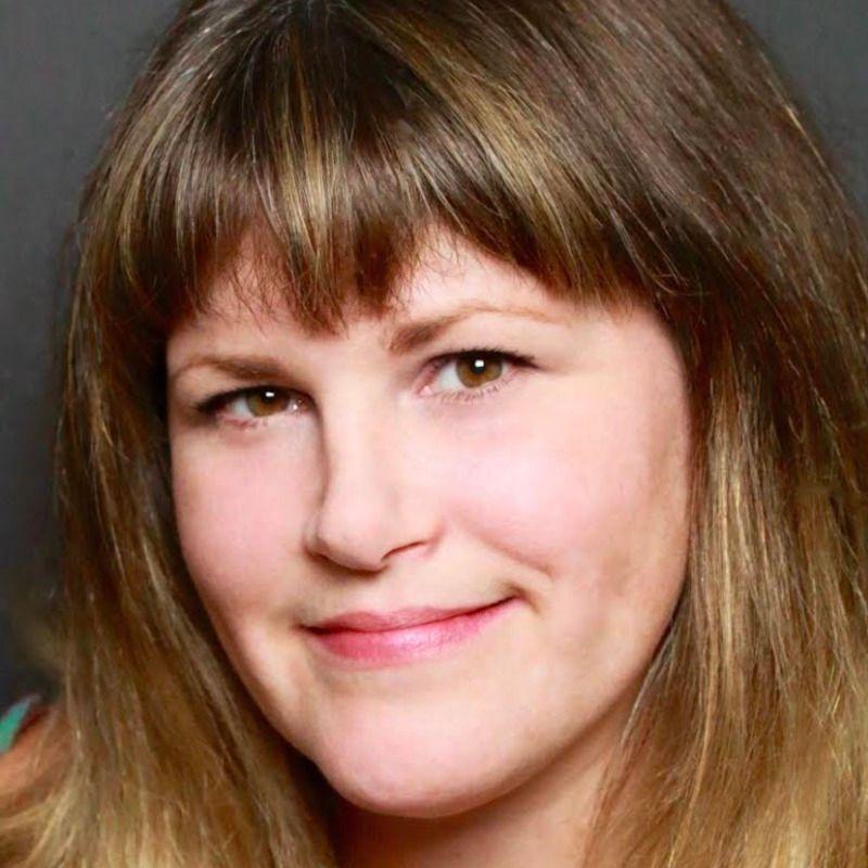 Lindsay Garvey, MA, AMFT is a practitioner on Psychedelic.Support